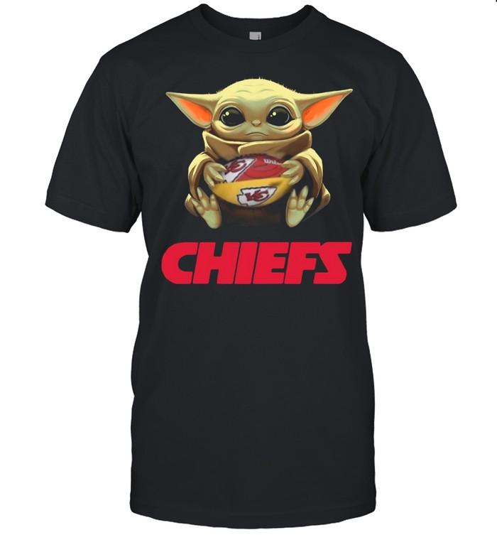 2021 Baby Yoda Hug Rugby Chiefs shirt Classic Men's T-shirt